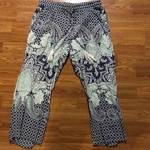 Devi Designs printed pant capris size large euc
